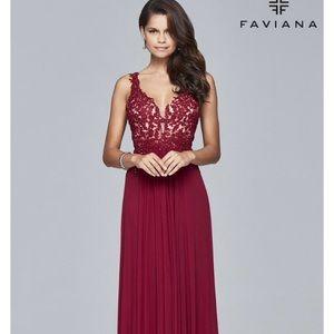 Faviana prom dress.